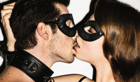 Photo of 8 Hot Kissing Positions To Improve The Quality of Your Romance