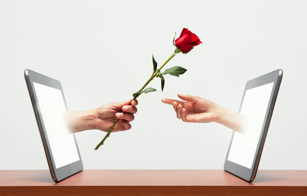 Photo of How to recognize If an online guy Is interested in You!