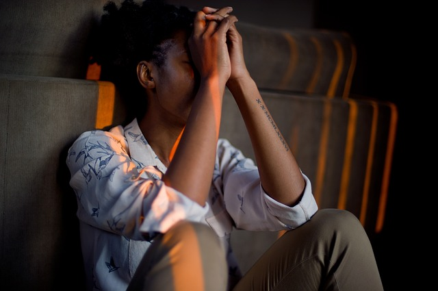 Photo of Warning signs you may be having emotional affair
